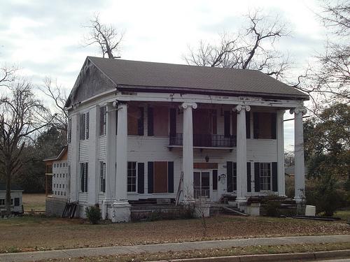 Endangered landmark greenwood house greensboro al for House builders in alabama